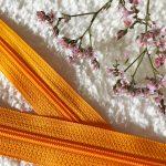 Fermeture à glissière orange
