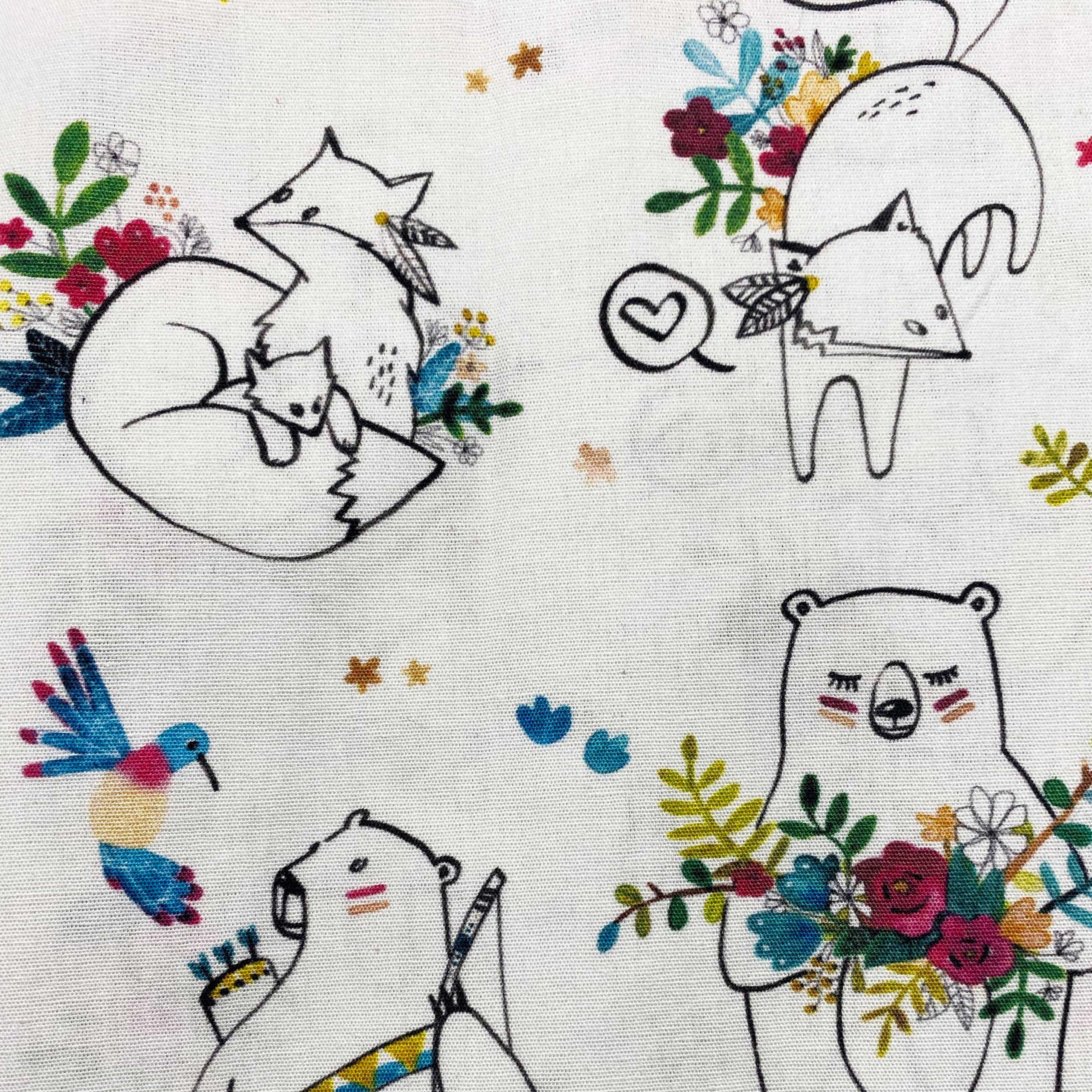 popeline bio maman ourse et renard fond blanc avec fleurs colorées