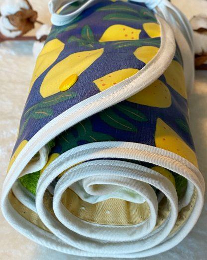 tapis de change nomade personnalisable en tissus coton bio fermé
